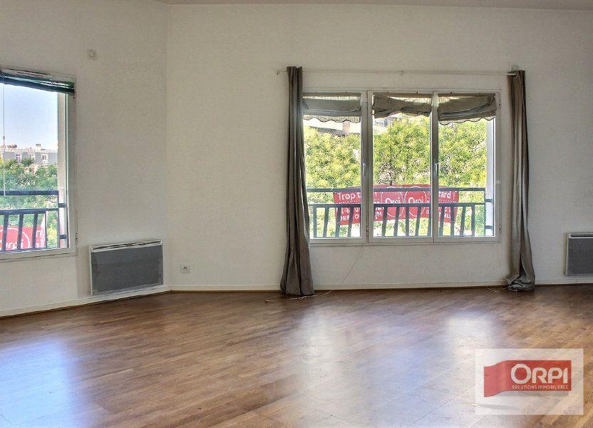 Appartement à louer 57m2 à Paris 19