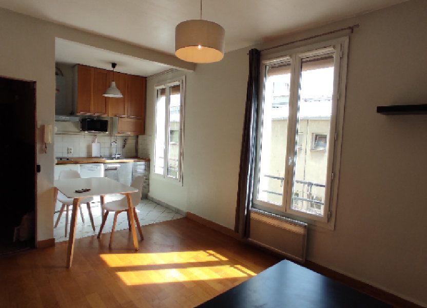 Appartement à louer 32m2 à Paris 19