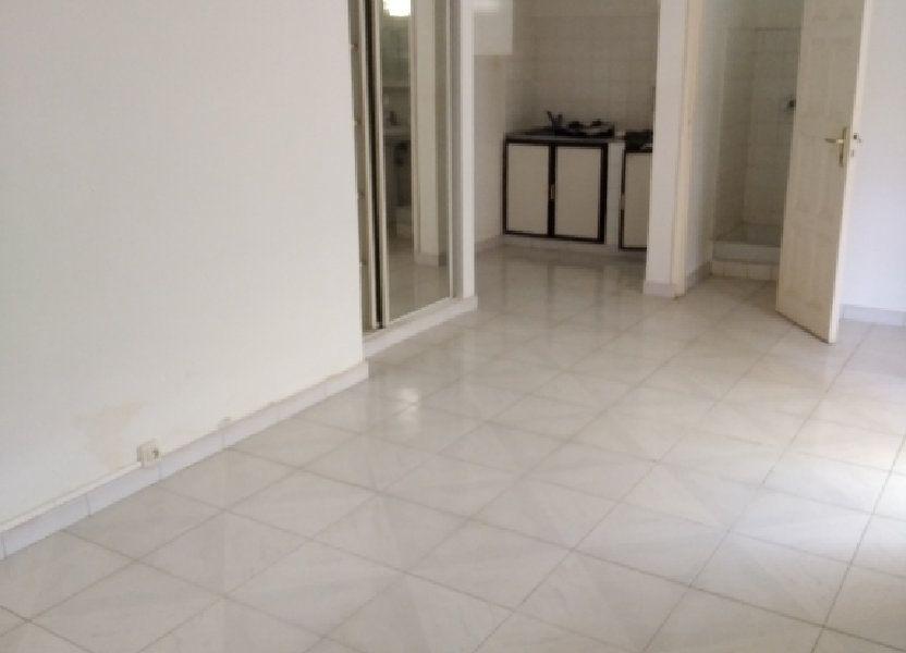 Appartement à louer 21m2 à Sainte-Luce