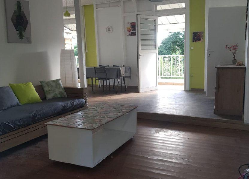 Appartement à louer 70m2 à Rivière-Pilote