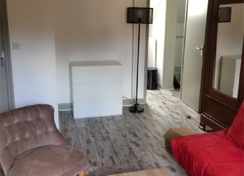 Appartement à louer 27.64m2 à Sainte-Adresse