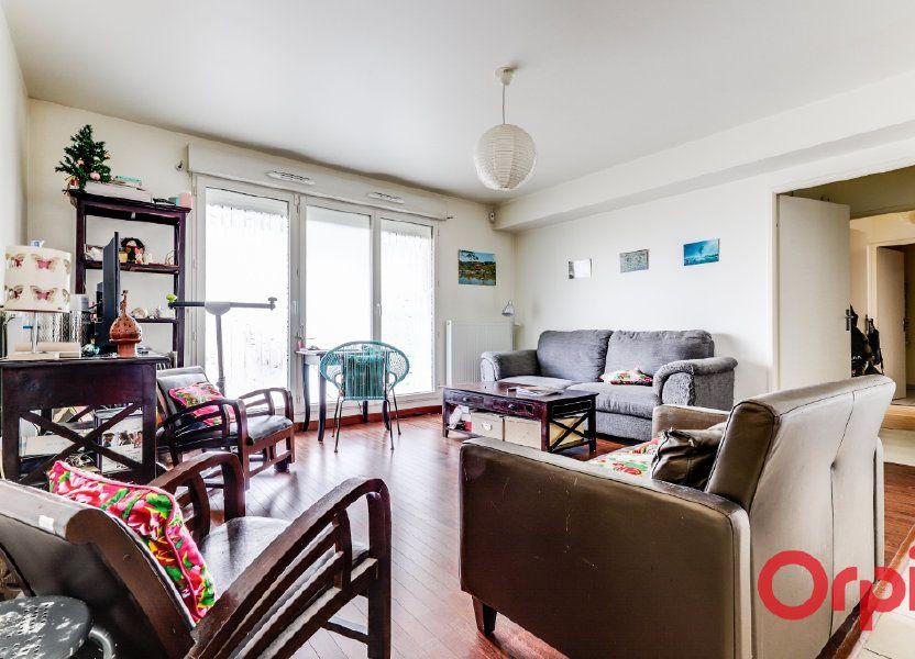 Appartement à vendre 63.81m2 à Aubervilliers