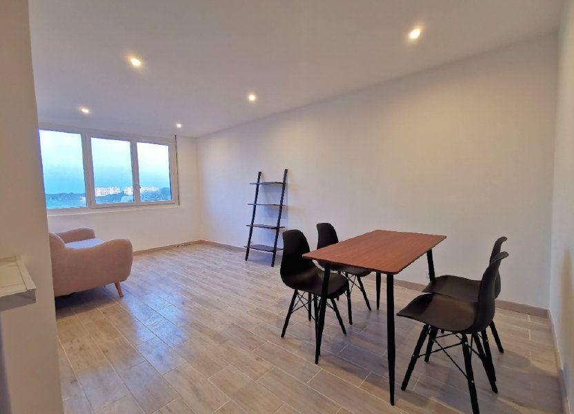 Appartement à louer 41.85m2 à Saint-Denis