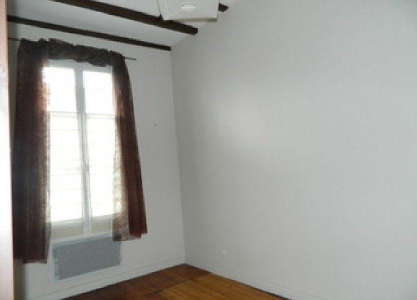 Appartement à louer 33m2 à Rochefort