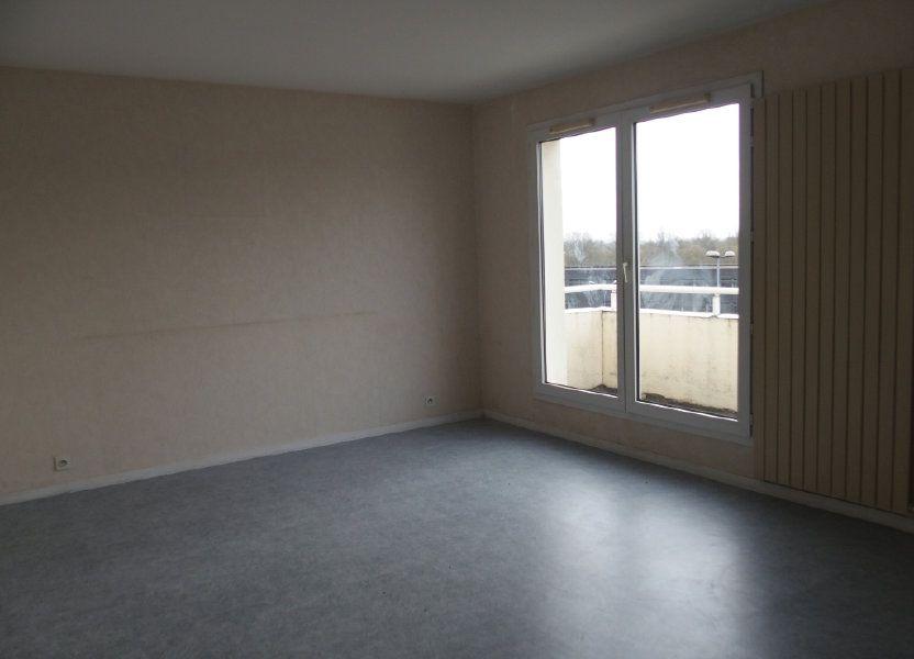 Appartement à louer 62m2 à Saint-Cyr-l'École