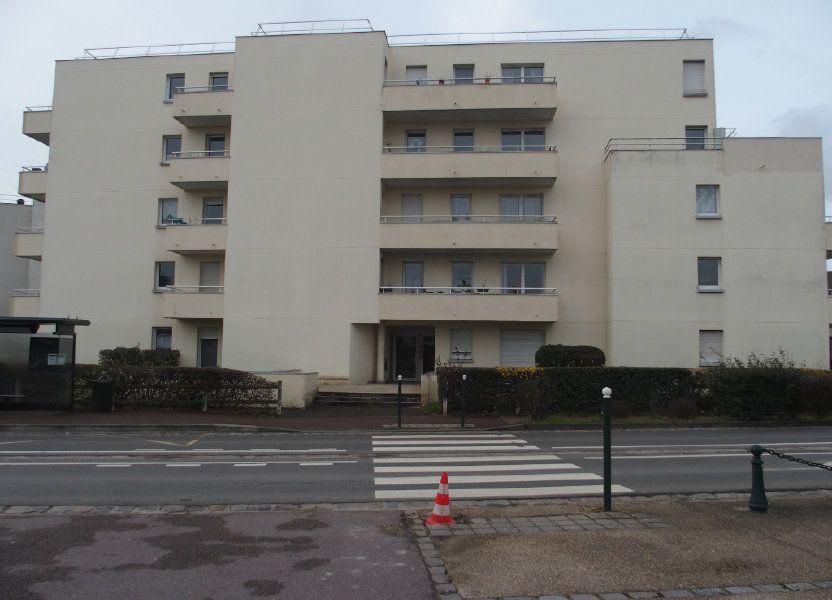 Appartement à louer 47m2 à Saint-Cyr-l'École