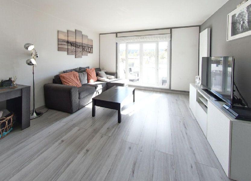 Appartement à vendre 74m2 à Fontenay-le-Fleury