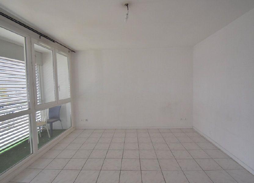 Appartement à louer 65.65m2 à Vénissieux