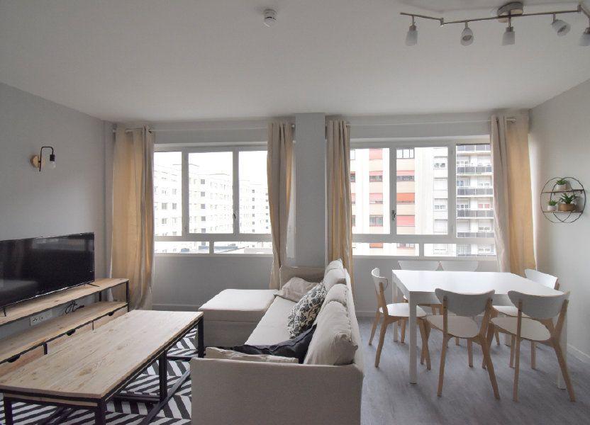 Appartement à louer 82.05m2 à Lyon 8