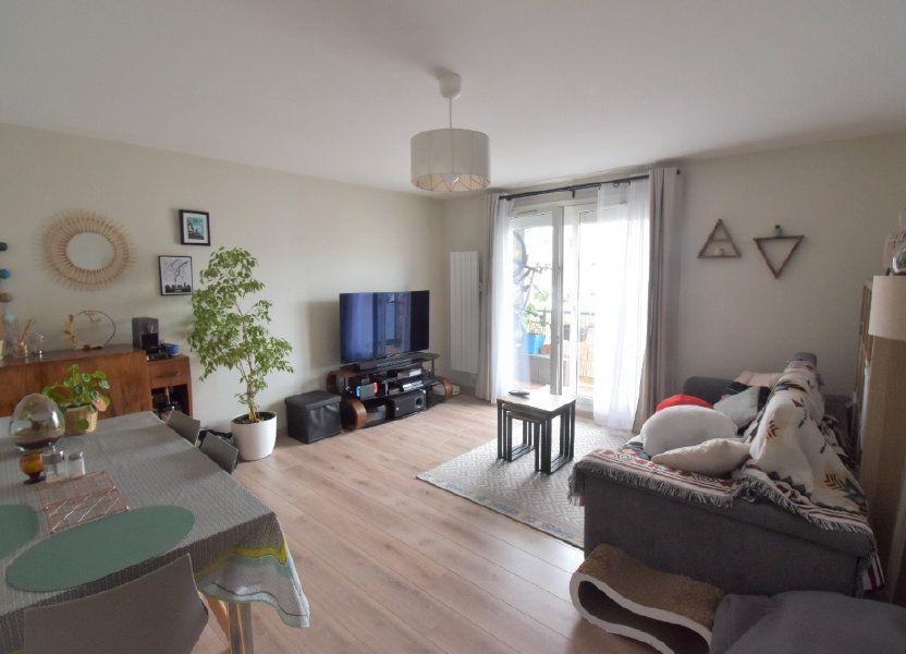 Appartement à louer 69.11m2 à Lyon 8