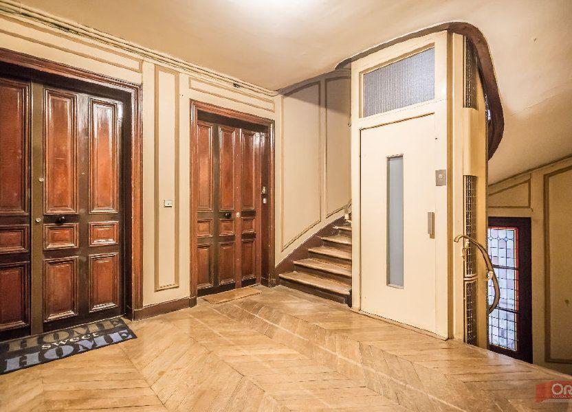 Appartement à louer 63.64m2 à Paris 11