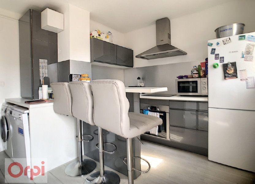 Appartement à louer 57.63m2 à Juan-les-Pins - Antibes