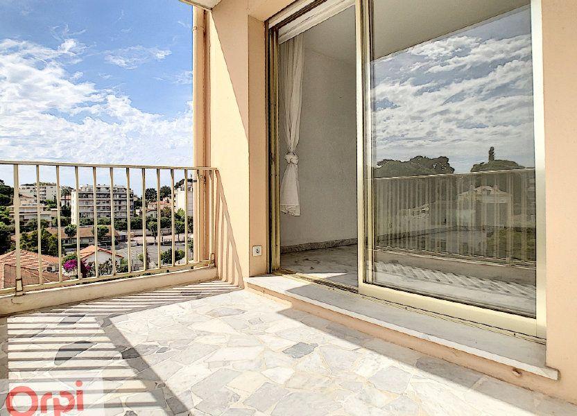 Appartement à louer 60.48m2 à Antibes
