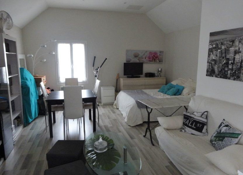 Appartement à louer 34m2 à Ennery
