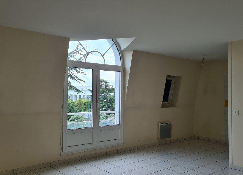 Appartement à louer 66.03m2 à Pontoise