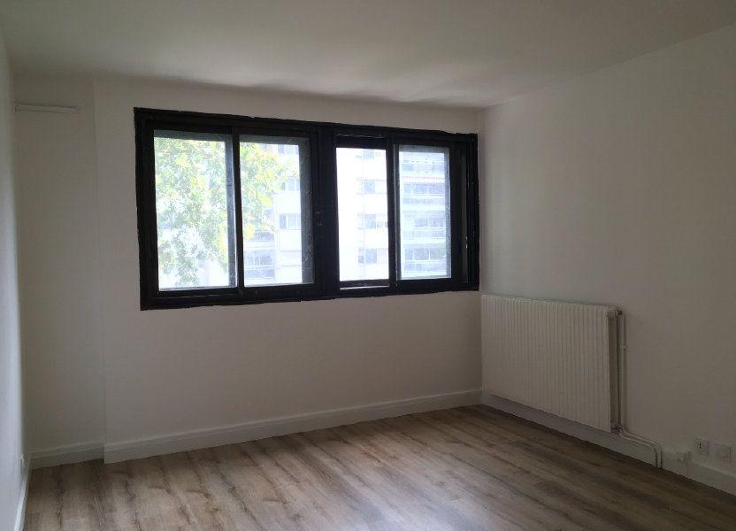 Appartement à louer 61.74m2 à Lyon 3
