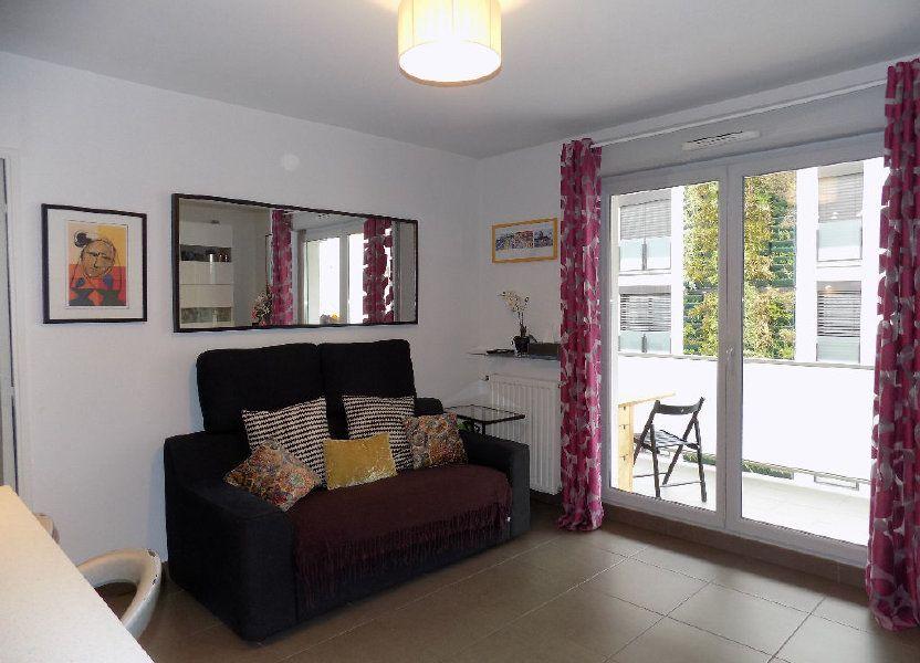 Appartement à louer 49m2 à Lyon 7