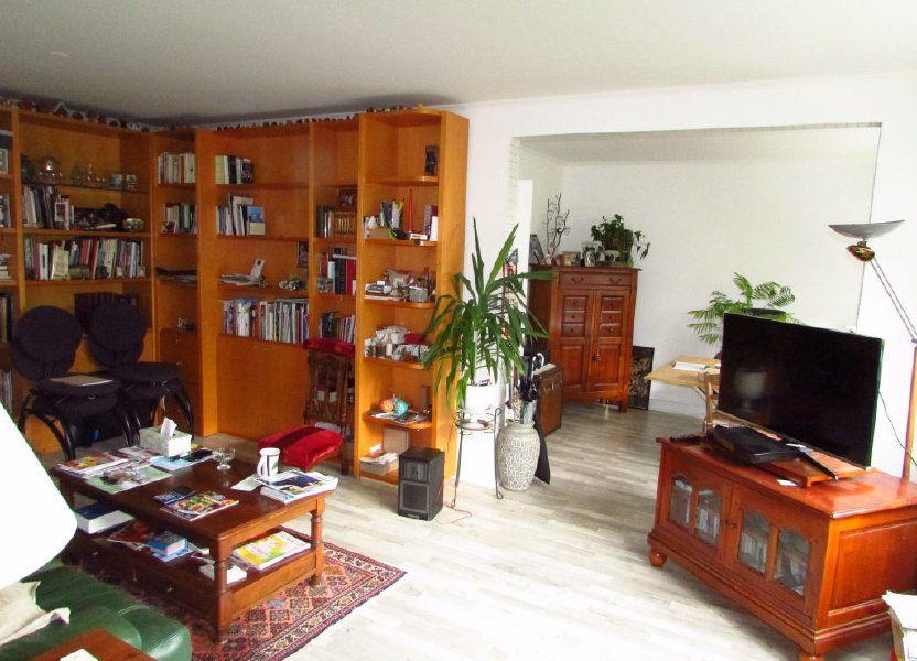 Appartement à louer 87.1m2 à Saint-Max
