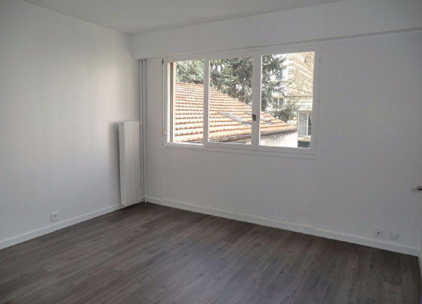 Appartement à louer 21.3m2 à Vanves