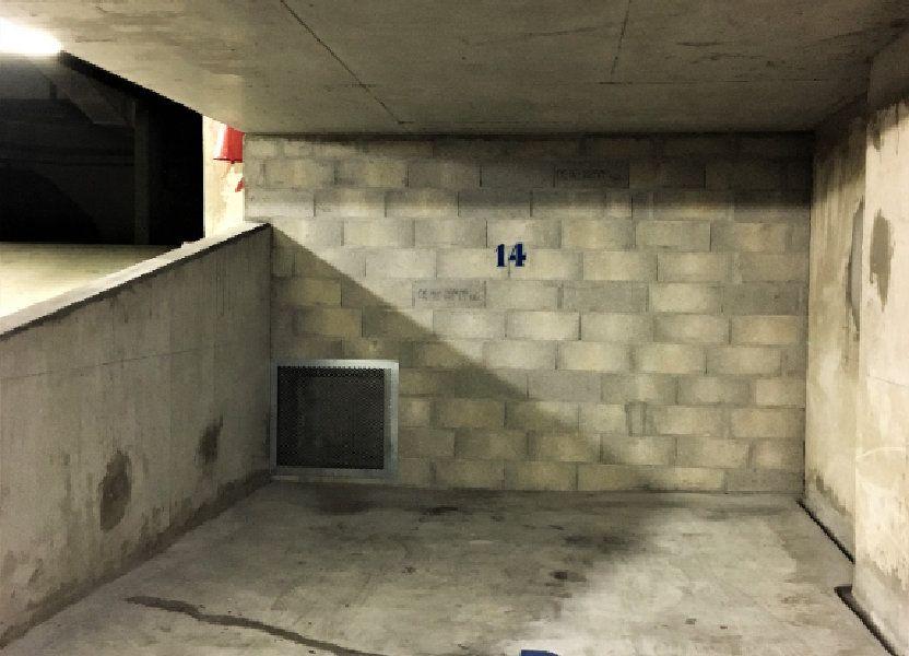 Stationnement à louer 16.5m2 à Vanves