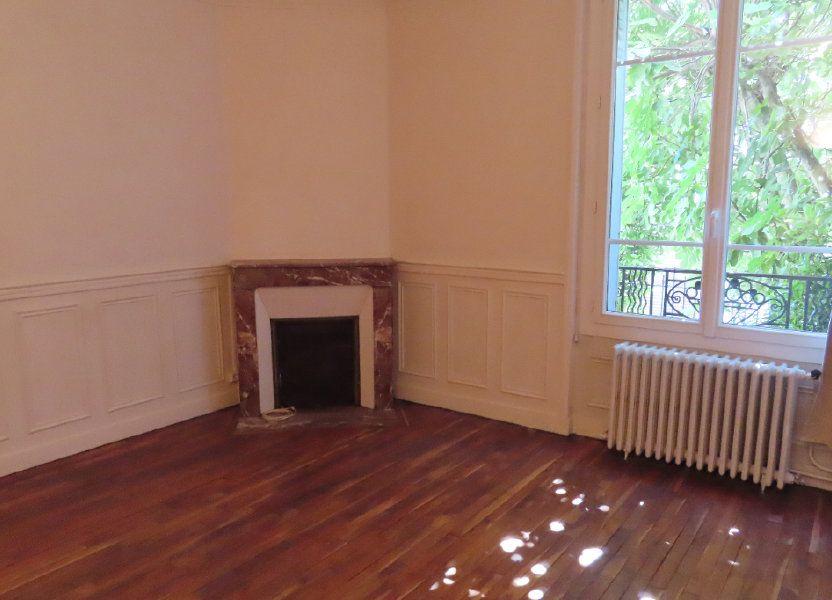 Appartement à louer 32.75m2 à Vanves