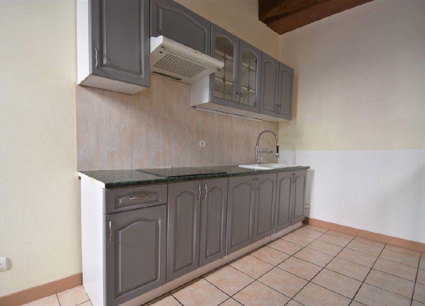 Appartement à louer 63.5m2 à Mâcon