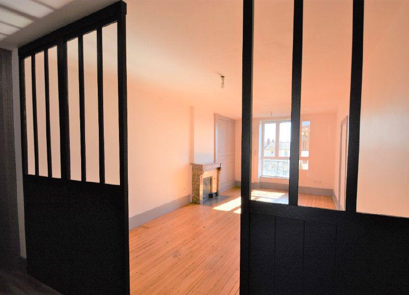 Appartement à louer 88.51m2 à Mâcon