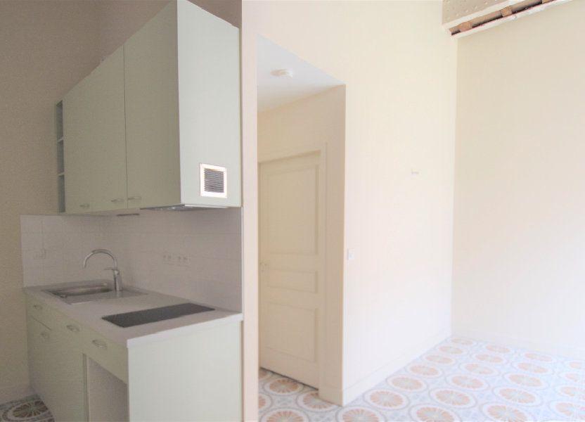 Appartement à louer 26.07m2 à Mâcon