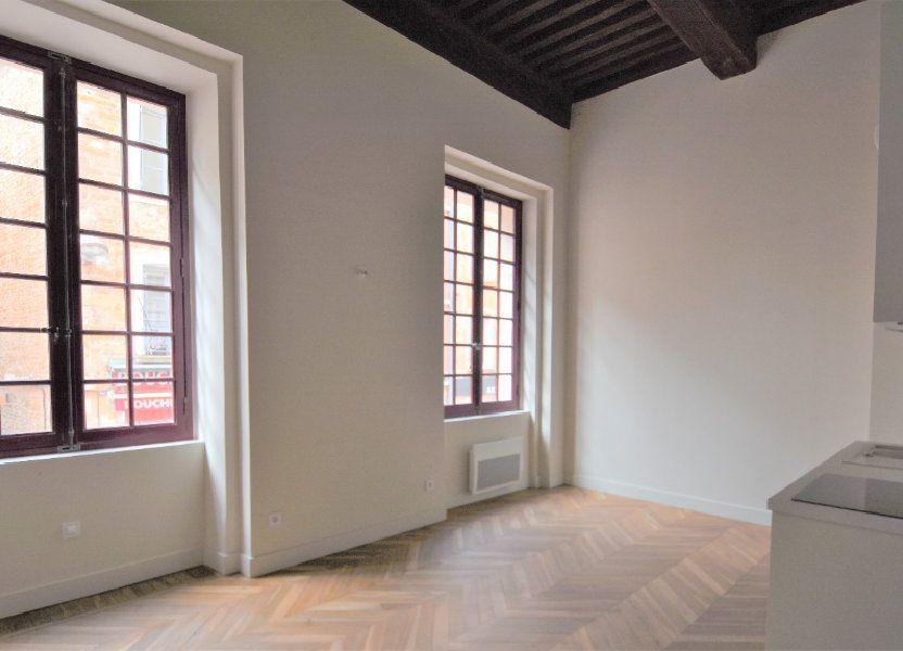 Appartement à louer 69.71m2 à Mâcon