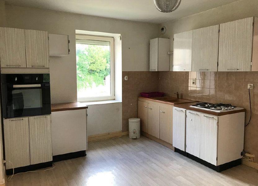 Appartement à louer 72m2 à Hauteville-Lompnes