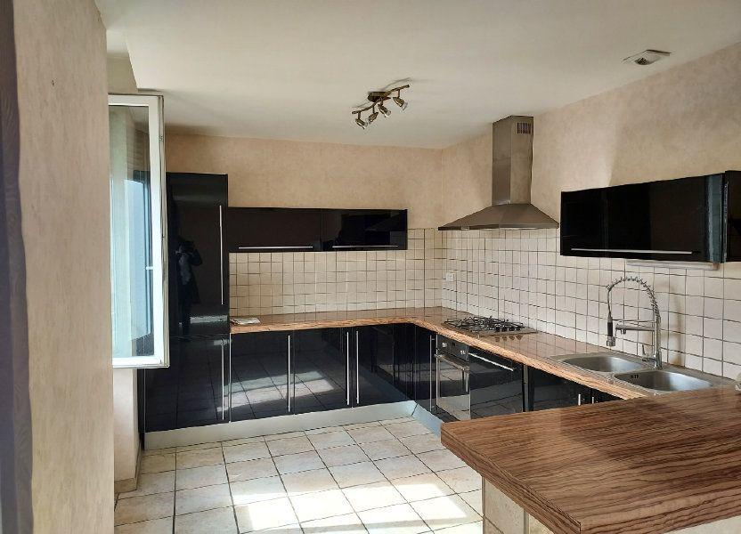 Appartement à louer 71.2m2 à Bourg-en-Bresse