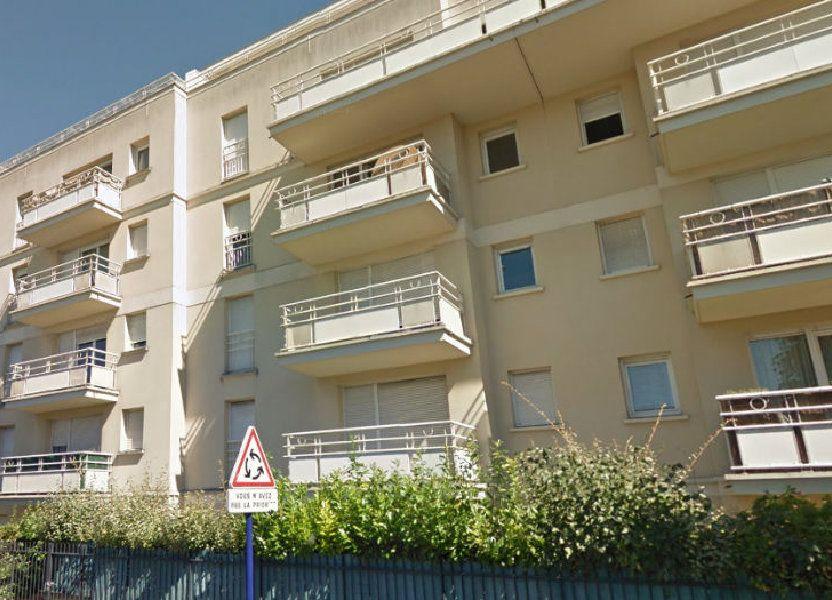 Appartement à louer 66m2 à Dugny