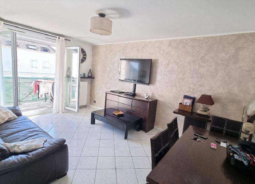 Appartement à louer 55m2 à Dugny