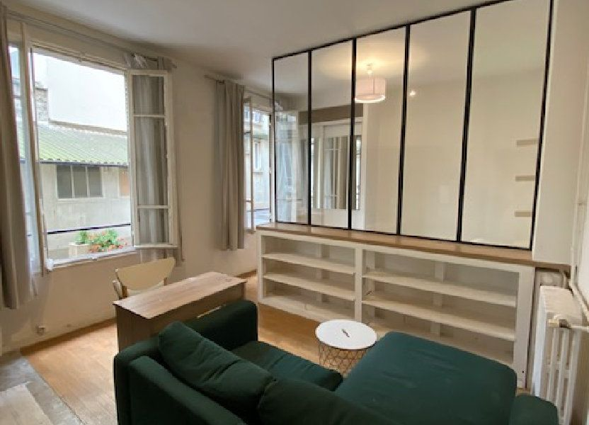 Appartement à louer 30m2 à Paris 18