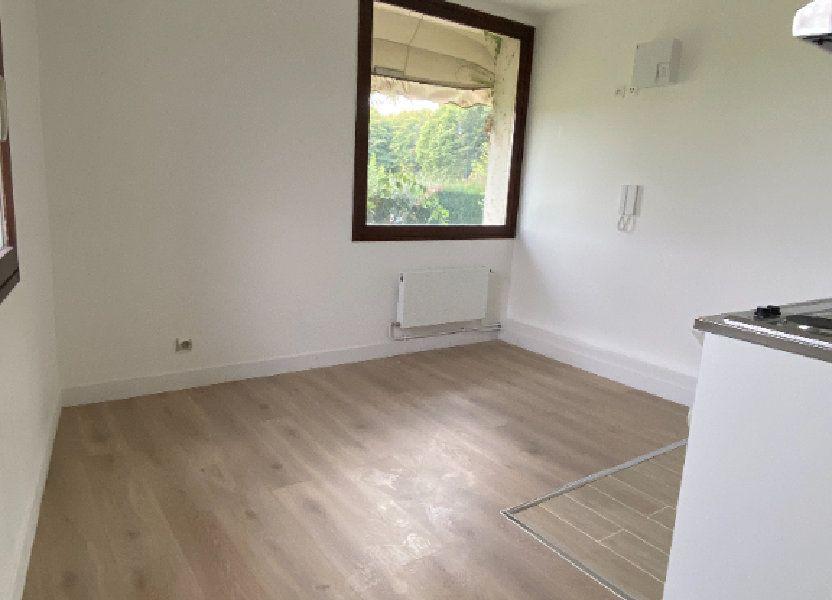 Appartement à louer 23.99m2 à Chaumes-en-Brie