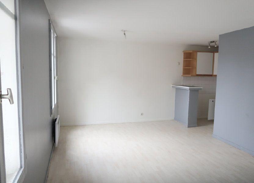 Appartement à louer 29.44m2 à Arras