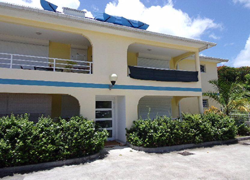 Appartement à louer 66.03m2 à Les Trois-Îlets