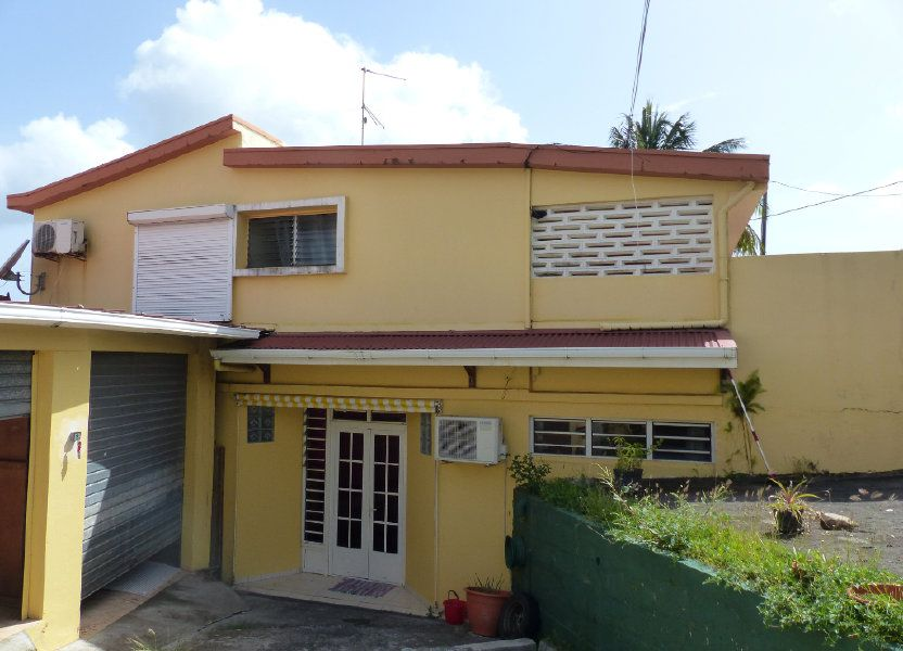 Immeuble à vendre 267m2 à Ducos
