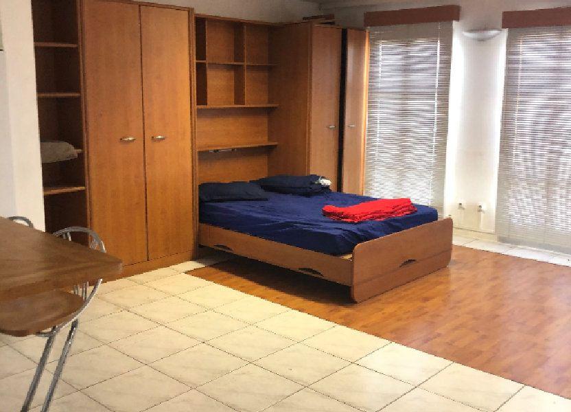 Appartement à louer 85.4m2 à Fort-de-France