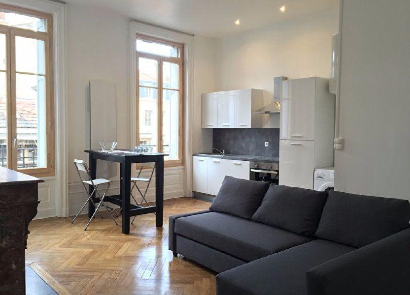 Appartement à louer 53m2 à Saint-Étienne