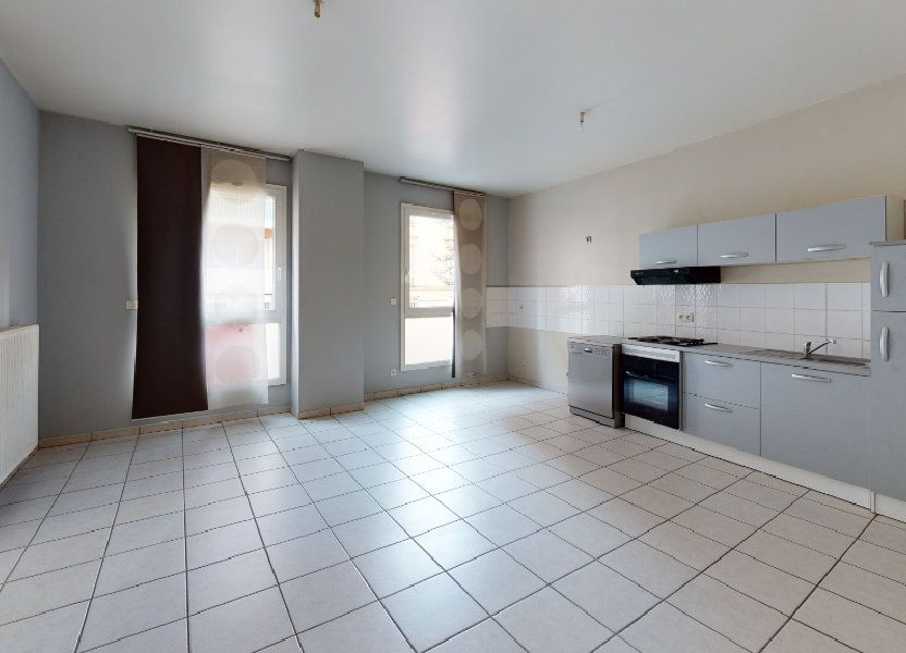 Appartement à louer 62.65m2 à Saint-Étienne