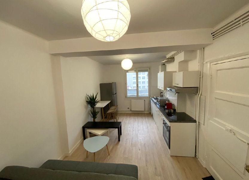 Appartement à louer 64.27m2 à Saint-Étienne