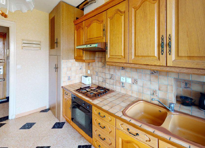 Appartement à louer 46.75m2 à Saint-Étienne