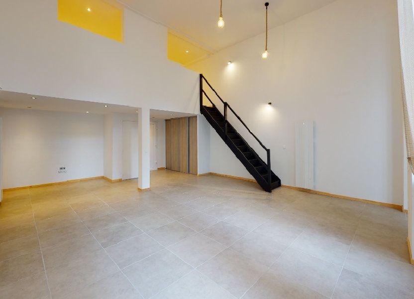 Appartement à louer 62.82m2 à Saint-Étienne