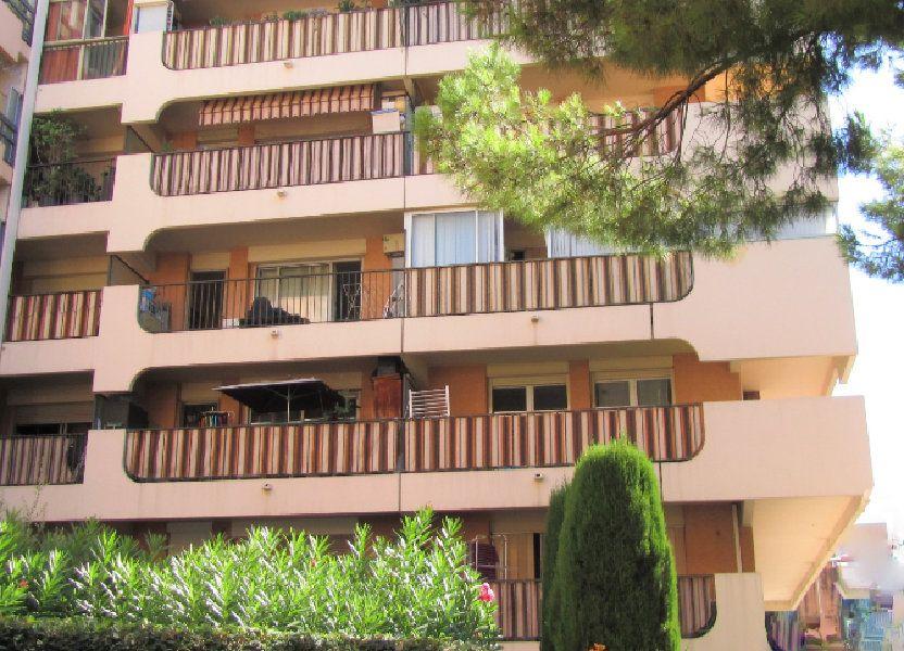 Appartement à vendre 70m2 à Saint-Laurent-du-Var