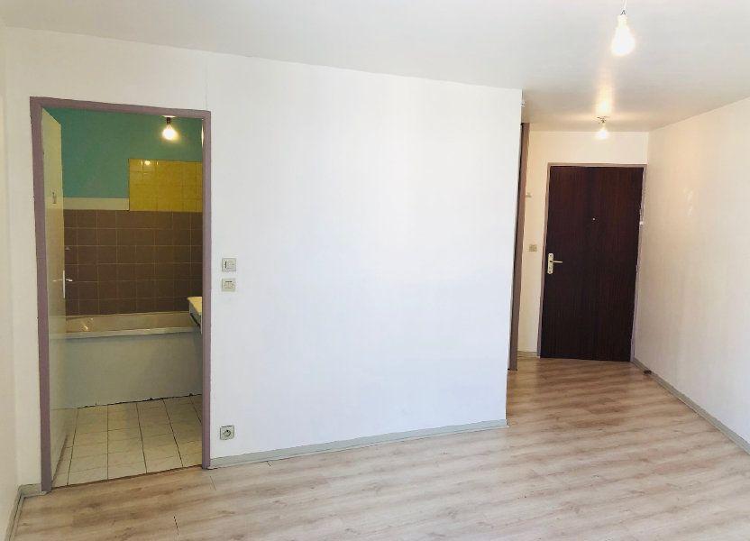 Appartement à louer 23.21m2 à Meaux