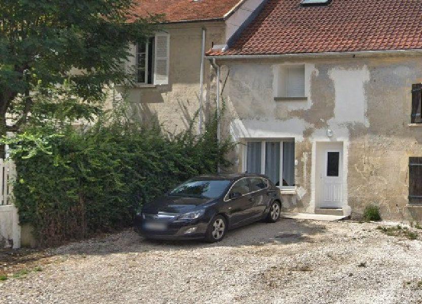 Maison à louer 68.37m2 à Saint-Cyr-sur-Morin