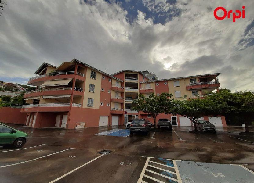Appartement à vendre 68.74m2 à Les Trois-Îlets