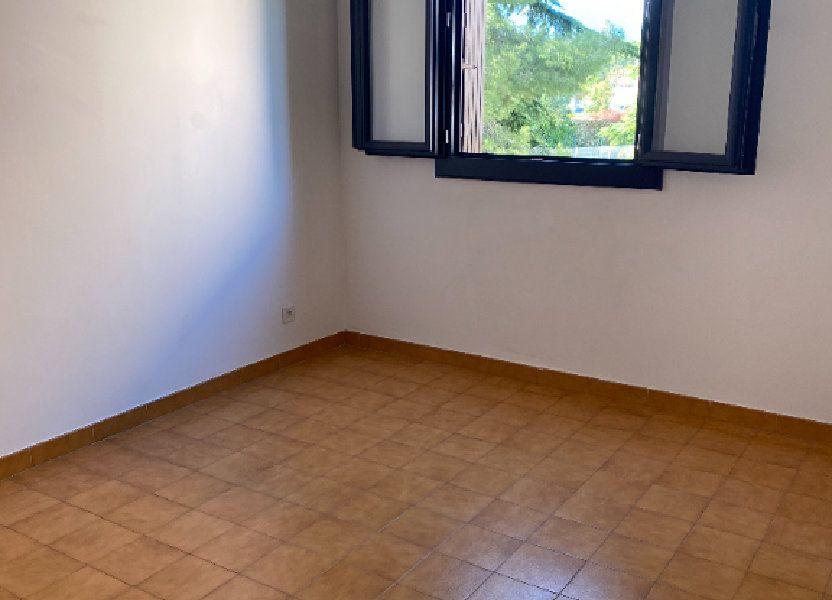 Appartement à louer 68m2 à Biguglia