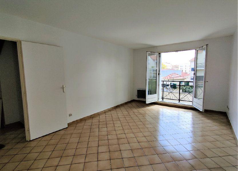 Appartement à louer 57.69m2 à Montlhéry